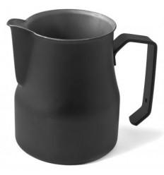 Питчер черного цвета